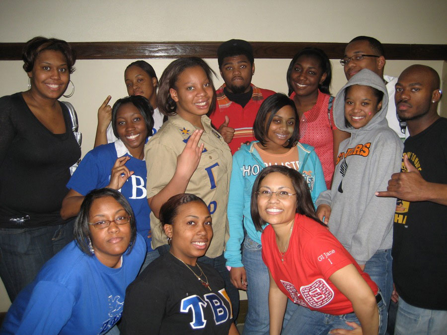 2008 Greek All-Stars™ with Dunbar H.S. Students